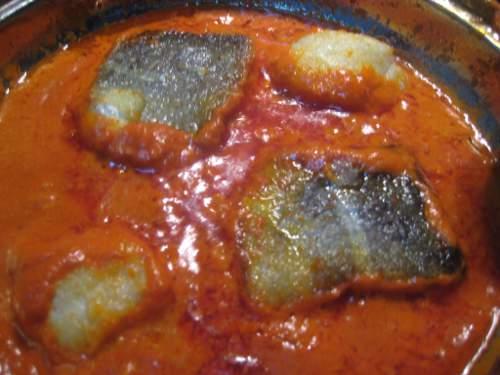 bacalao en salsa de piquillo