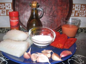 Ingredientes bacalao salsa de piquillo